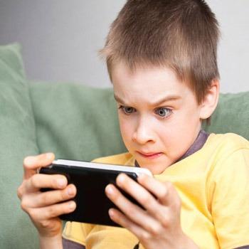 تحقیق اعتیاد بازی رایانه ای