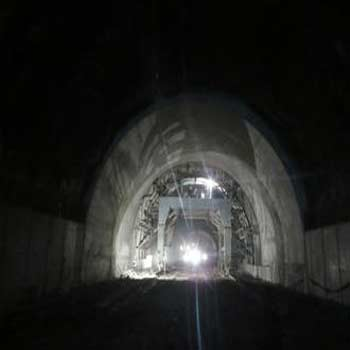 ترجمه آزمایشات واقعیت مجازی برای تحلیل و بررسی ایمنی تونل