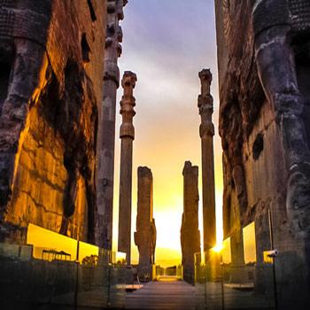 پاورپوینت اصول و روش های مقاوم سازی ساختمان های ارزشمند و تاریخی
