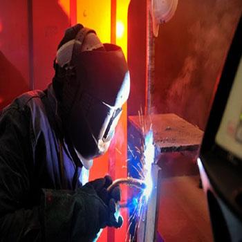 ترجمه اثر جوشکاری بر روی ریزساختار و خواص مکانیکی فولاد کم کربن صنعتی