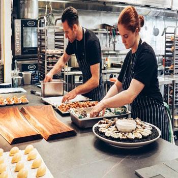 پاورپوینت توانایی های مورد نیاز مدیریت آشپزخانه