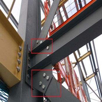 ترجمه بررسی عددی ظرفیت حمل بار در ستونهای زاویهدار فولادی با مقاومت بالای بتن
