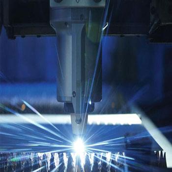 ترجمه مطالعه تأثیر پارامترهای لیزر در ماشین کاری با کمک لیزر از فولاد Aisi H-13
